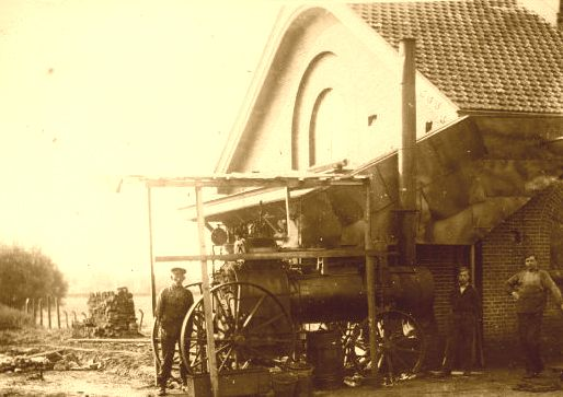 coq1920_1925_fabriek_metstoommachine